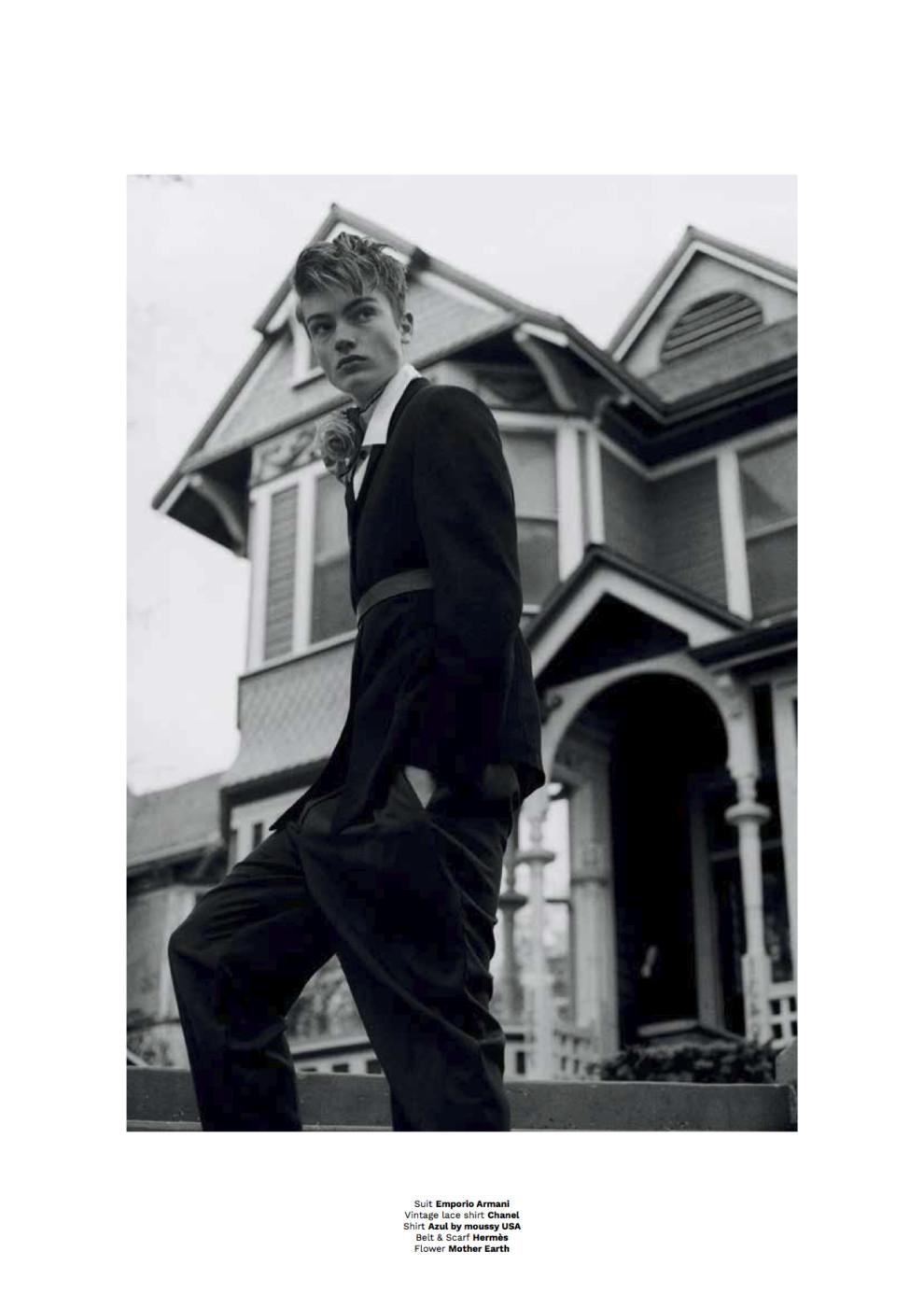 Elijah-Diamond_Vanity-Teen-8_3
