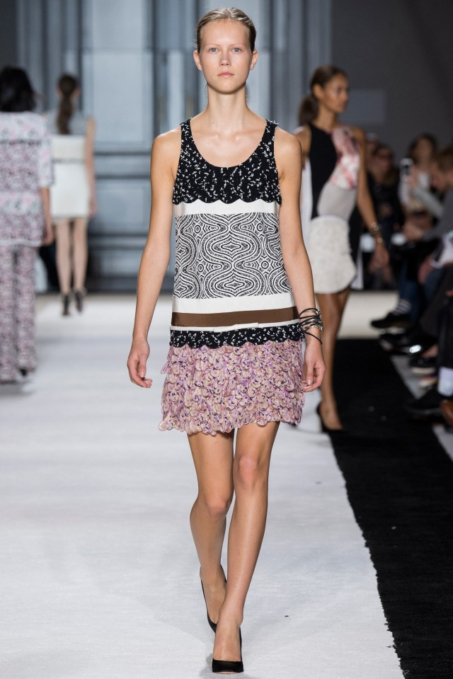 JULIE_giambattista valli